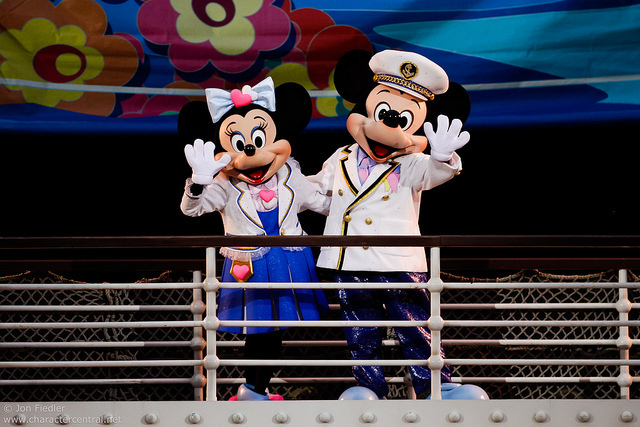 Disney Mickey and Minny.jpg